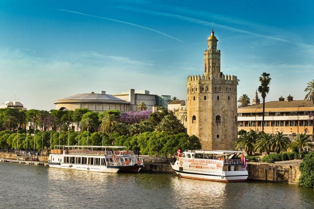 Boat trip Seville