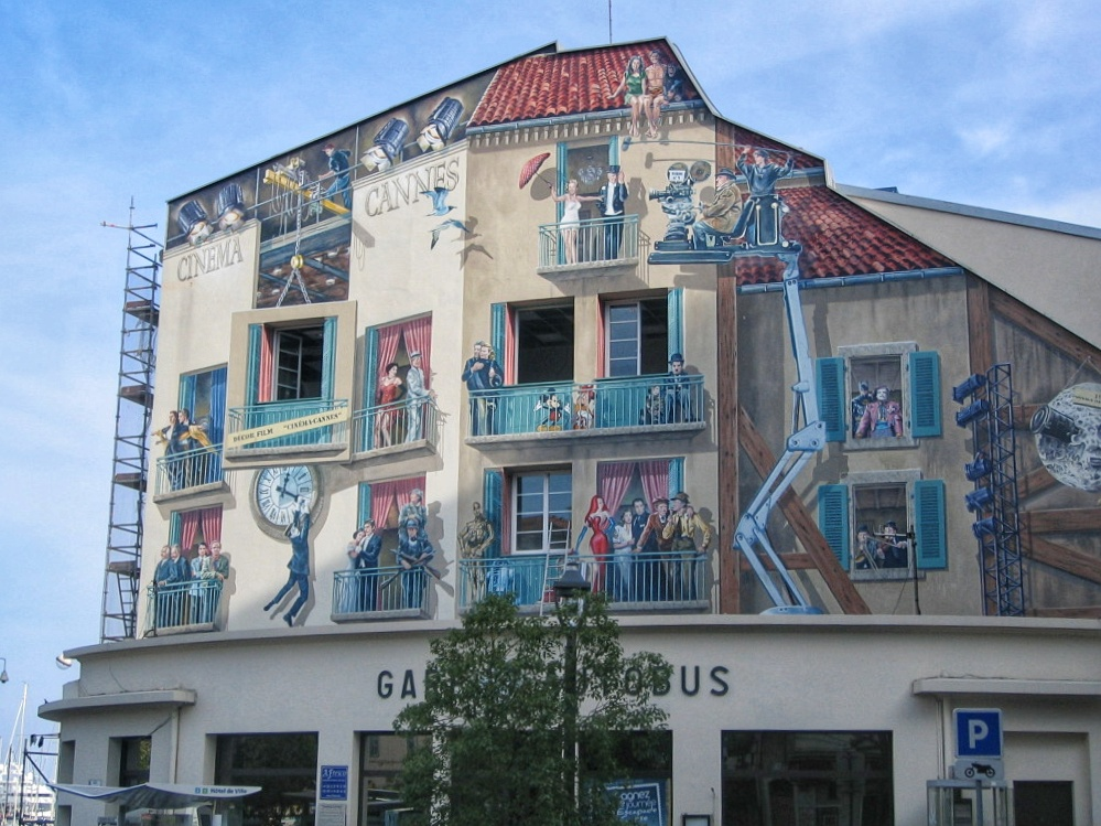 Film history Cannes on buildings